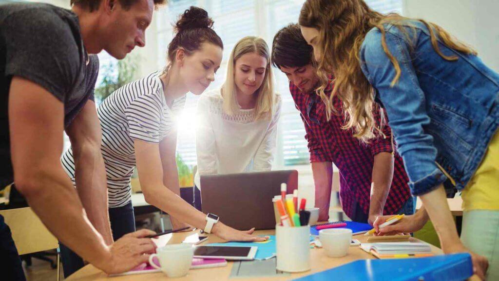 Analytics-Driven Company Culture